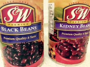 Canned beans bring flavour and fiber to fill you up in the meatless chili.