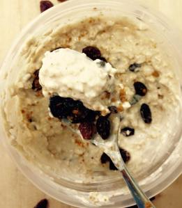 Cinnamon Raisin Cookie Overnight Oats Spoonful