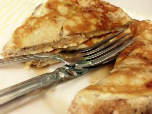 High-Protein Cinnamon-Vanilla French Toast Fork